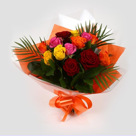 12 Beautiful Roses-OFFER ONLY FEW DAYS! Clear Savings-Clear Prices-FREE DELIVERY