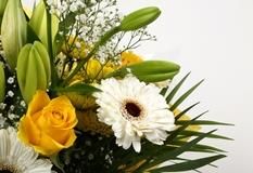 Lemon & White Bouquet-Clear Savings-Clear Prices-FREE DELIVERY