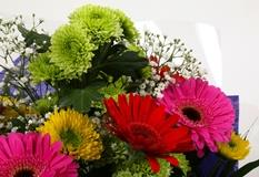 Elegance Bouquet - FREE DELIVERY-Clear Savings-Clear Prices-Compare The Quaility
