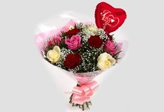 Love You Balloon & Sweet Melody Roses Bouquet - FREE DELIVERY