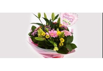Mothers Day Balloon & Florist Meadow Bouquet - FREE DELIVERY