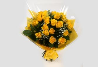 24 Yellow Roses With Gypsophila