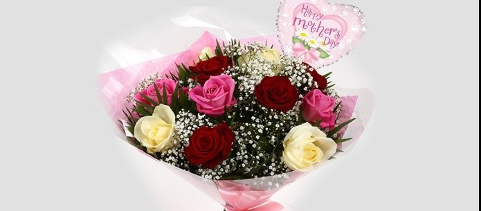 Mothers Day Balloon & Sweet Melody Roses 12 - FREE DELIVERY
