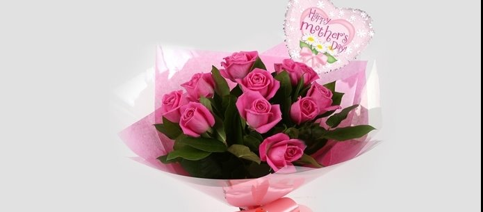 Mothers Day Balloon & 12 Pink Roses - FREE DELIVERY