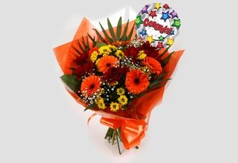 Congrats Balloon & Red Fall Bouquet - FREE DELIVERY