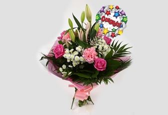 Congrats Balloon & Strawberry Sundae Bouquet - FREE DELIVERY